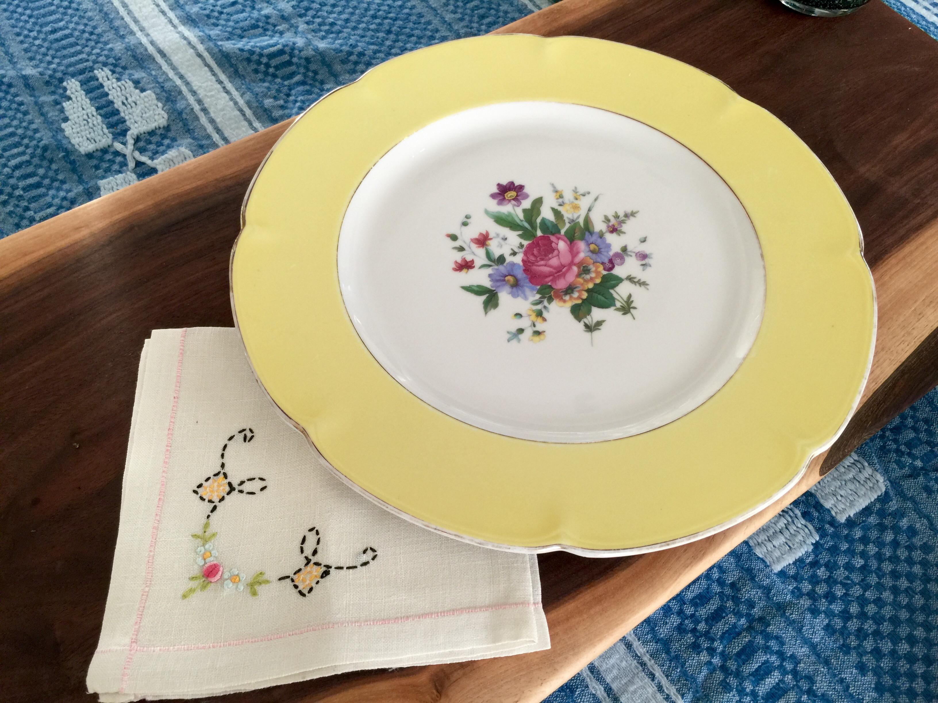 For Sale :: Vintage Royal Bayreuth Cake Plate; $18