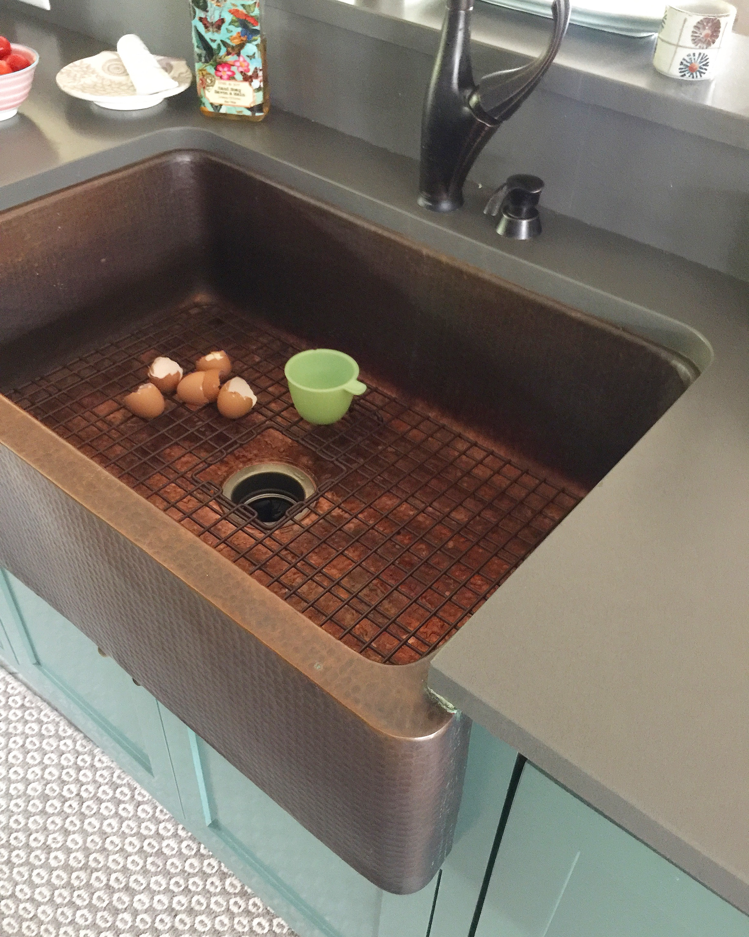 vent marble copper picture fresh countertops of in countertop and range slide kitchen black backsplash